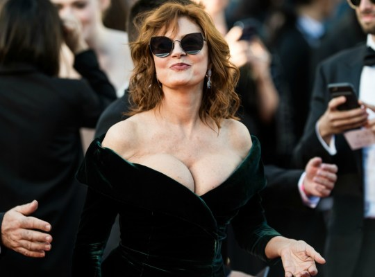 susan sarandon hottest photos cleavage
