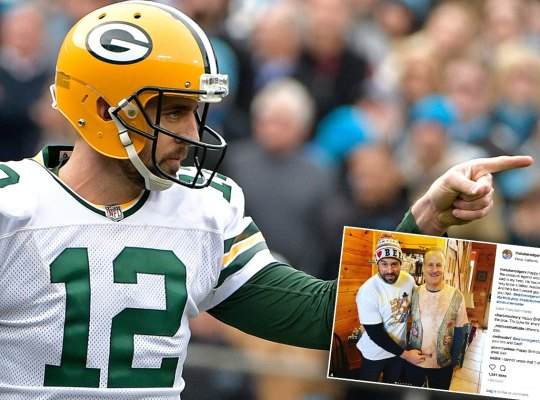 aaron rodgers scandals dating family