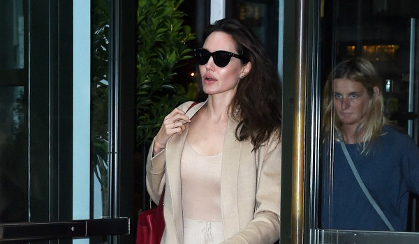 Angelina jolie health scares issues