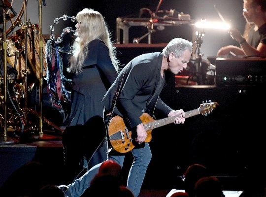stevie nicks lindsey buckingham fleetwood mac feud