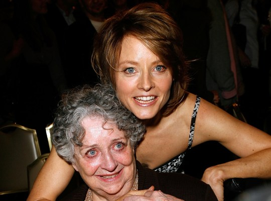 Jodie Foster Mourning Death of Her Mother